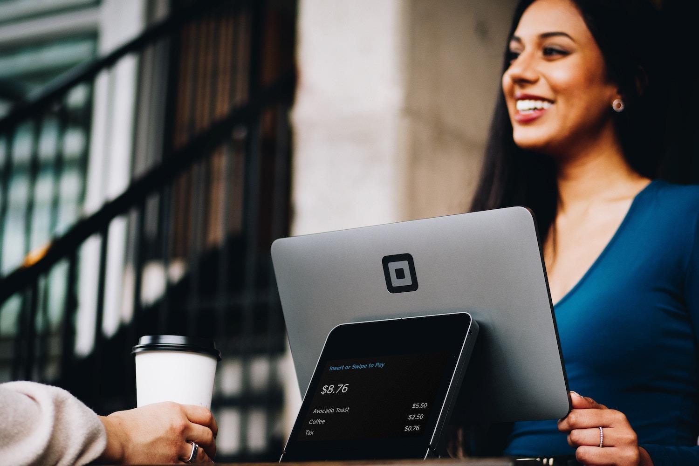La signature mail est un canal puissant pour vos enquêtes de satisfaction clients