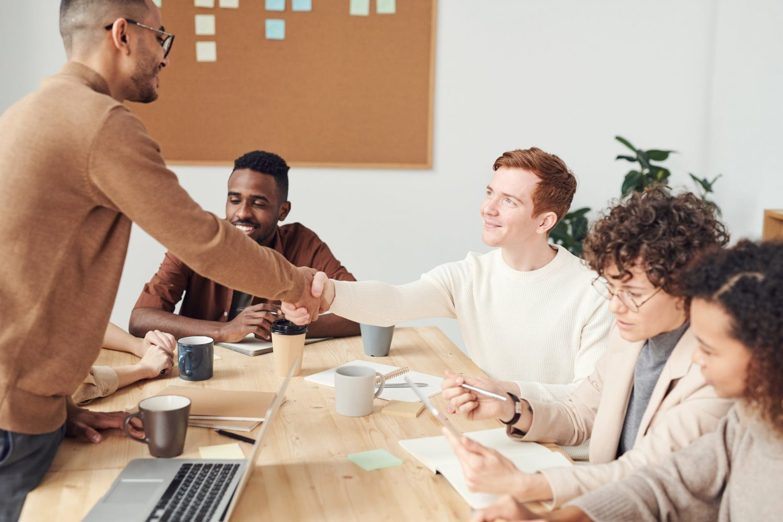 La gestion de la relation client et l'expérience collaborateurs